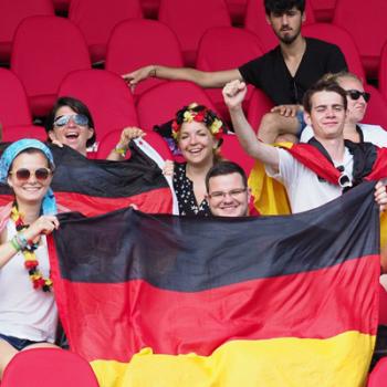 Hoffen auf Gold: Deutsche Fans bei den Deaflympics in Samsun