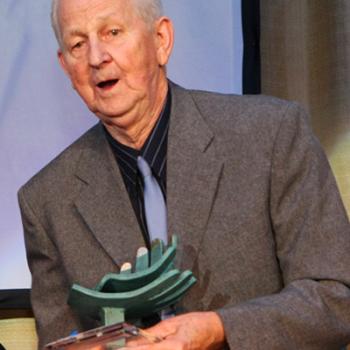 Kurt Eisenblätter nimmt 2008 den Kulturpreis entgegen